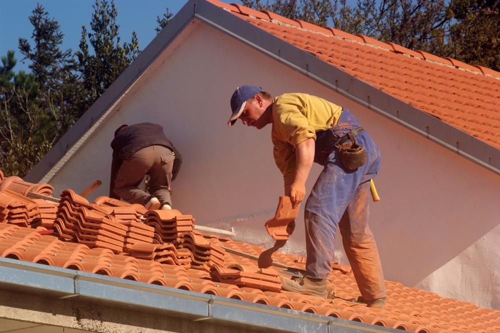 Tile Roofing Vs. Asphalt Roofing.